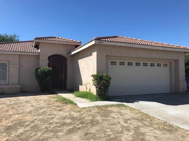 65559 Avenida Barona, Desert Hot Springs, CA 92240 (#219030359PS) :: Team Tami
