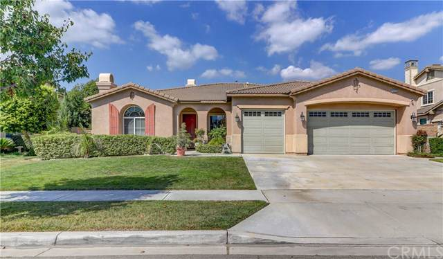 16222 Pamplona Street, Fontana, CA 92336 (#CV19216666) :: Allison James Estates and Homes