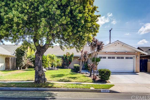 19872 Ranger Lane, Huntington Beach, CA 92646 (#OC19223950) :: California Realty Experts