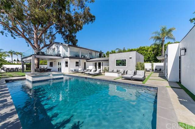 15362 Sutton Street, Sherman Oaks, CA 91403 (#SR19225209) :: Veléz & Associates