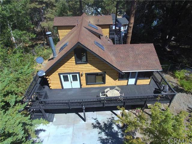 5427 Heath Creek Drive, Wrightwood, CA 92397 (#CV19225149) :: Fred Sed Group
