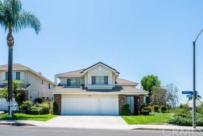 2788 N Roxbury Street, Orange, CA 92867 (#OC19225411) :: Allison James Estates and Homes
