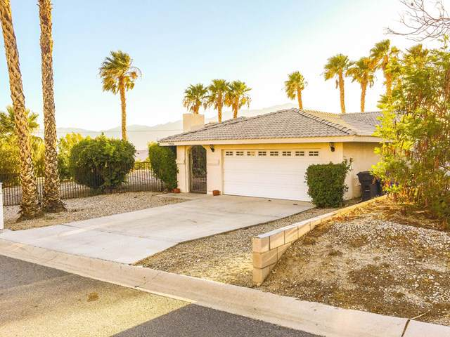 13135 Beech Avenue, Desert Hot Springs, CA 92240 (#219030395DA) :: Team Tami