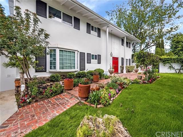 23250 Cass Avenue, Woodland Hills, CA 91364 (#SR19225555) :: RE/MAX Empire Properties