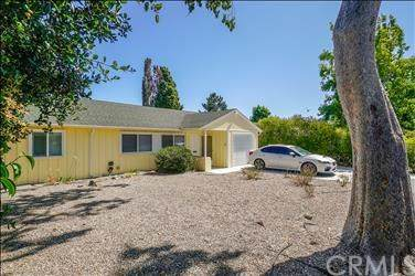 237 La Canada Drive, San Luis Obispo, CA 93405 (#SP19225698) :: Team Tami