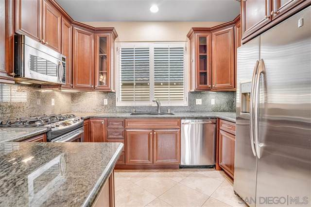 1711 Hornblend St C, San Diego, CA 92109 (#190052433) :: Heller The Home Seller