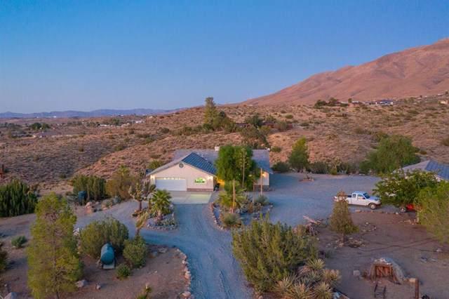 19972 Juniper Road, Apple Valley, CA 92308 (#517933) :: Bob Kelly Team
