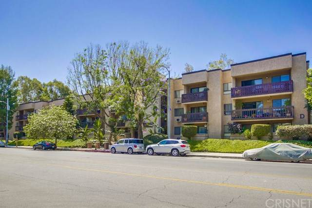 22100 Burbank Boulevard 152F, Woodland Hills, CA 91367 (#SR19224166) :: Fred Sed Group