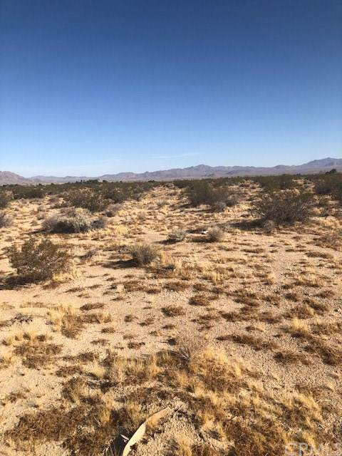 0 Sunset Road, Lucerne Valley, CA 92356 (#JT19226004) :: Crudo & Associates