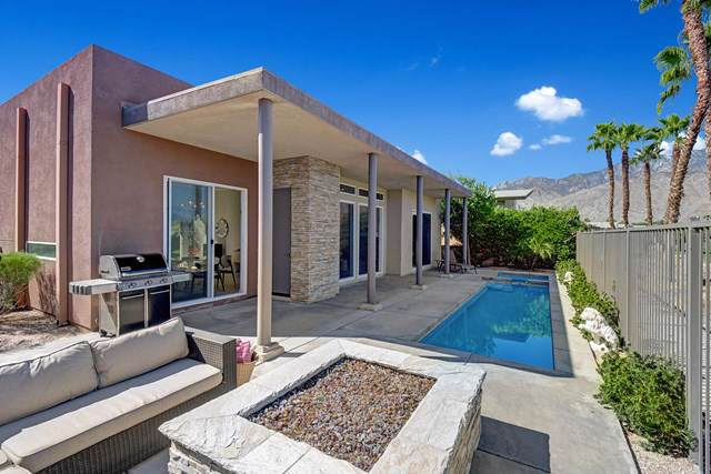 4445 Vantage Lane, Palm Springs, CA 92262 (#219030582PS) :: J1 Realty Group