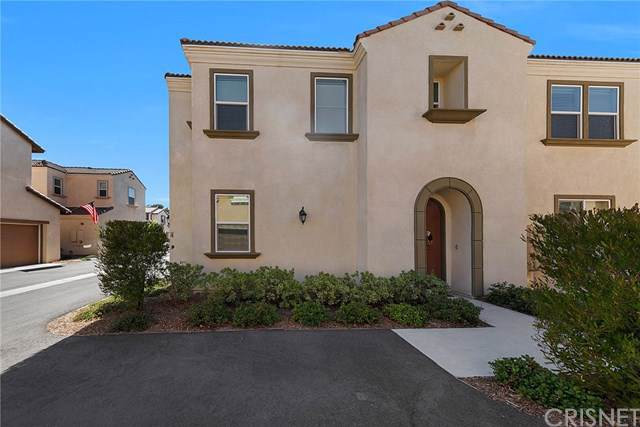 26828 Albion Way, Canyon Country, CA 91351 (#SR19228911) :: Scott J. Miller Team/ Coldwell Banker Residential Brokerage