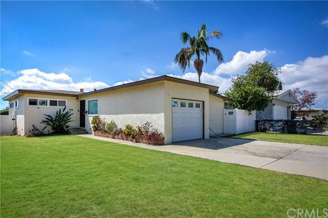 1724 247th Place, Lomita, CA 90717 (#PW19190703) :: Millman Team