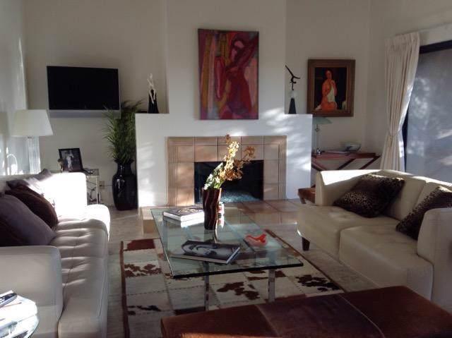 476 Village Square E, Palm Springs, CA 92262 (#219030712PS) :: The Brad Korb Real Estate Group