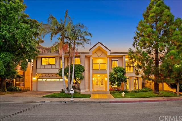 3319 Deer Creek Lane, Glendale, CA 91208 (#AR19228609) :: The Brad Korb Real Estate Group