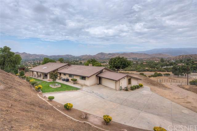 10128 Escondido Canyon Road, Agua Dulce, CA 91390 (#SR19226478) :: RE/MAX Masters