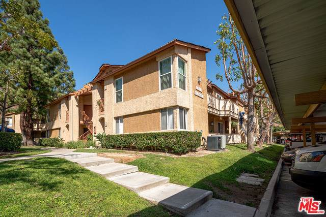 5045 Twilight Canyon Road 33B, Yorba Linda, CA 92887 (#19515636) :: J1 Realty Group