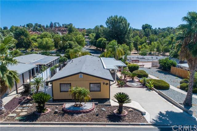 33424 Barley Lane, Wildomar, CA 92595 (#SW19226051) :: J1 Realty Group