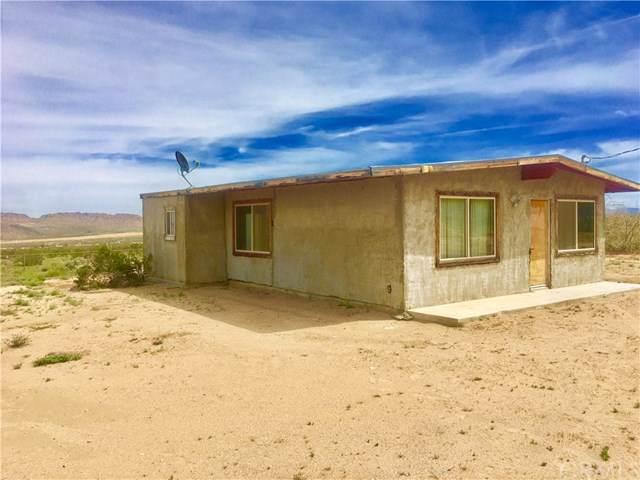 4619 Kickapoo, Landers, CA 92285 (#JT19234467) :: The Laffins Real Estate Team