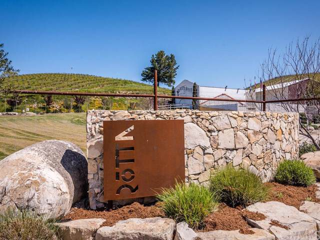 250 Winery Road, Templeton, CA 93465 (#NS19234515) :: The Najar Group