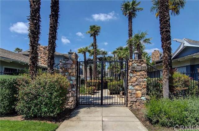 307 N Acacia Avenue F, Fullerton, CA 92831 (#TR19235301) :: Z Team OC Real Estate