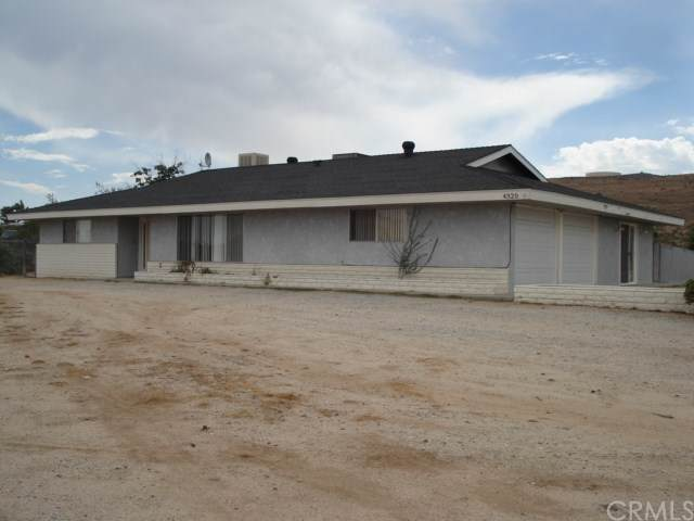 4320 Old Woman Springs Road, Yucca Valley, CA 92284 (#JT19235998) :: J1 Realty Group