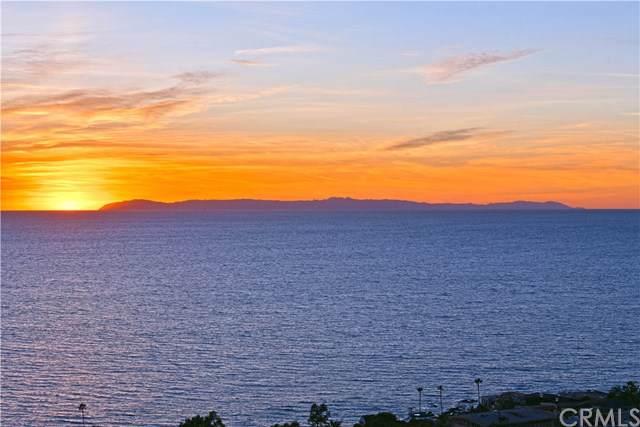 2210 Crestview Drive, Laguna Beach, CA 92651 (#OC19236590) :: Doherty Real Estate Group