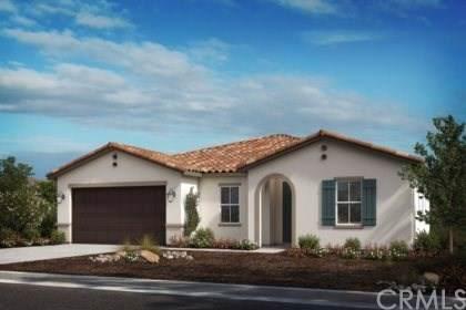 32883 Bachelor Peak Street, Winchester, CA 92596 (#IV19237162) :: Allison James Estates and Homes