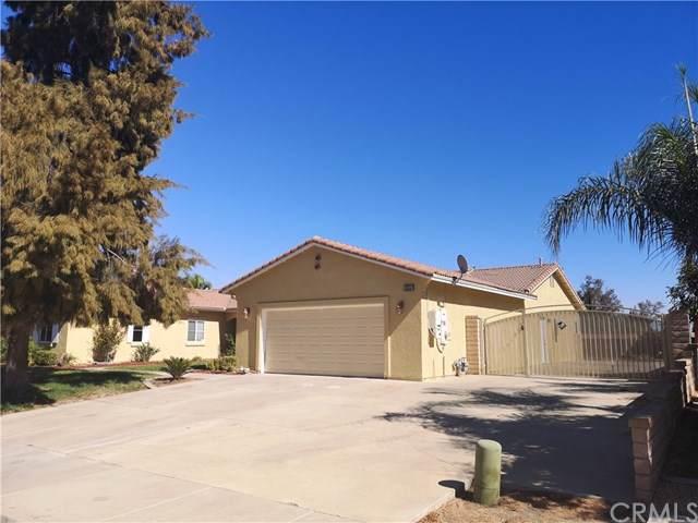 30958 Via Lakistas, Lake Elsinore, CA 92530 (#OC19237995) :: RE/MAX Estate Properties