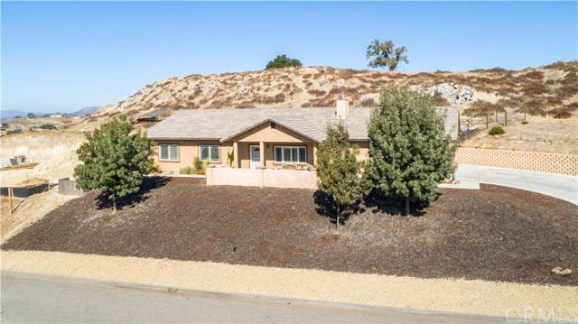 2155 Holly Drive, Paso Robles, CA 93446 (#NS19238610) :: RE/MAX Parkside Real Estate