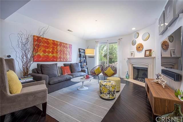 4424 Whitsett Avenue #208, Studio City, CA 91604 (#SR19239267) :: Rogers Realty Group/Berkshire Hathaway HomeServices California Properties
