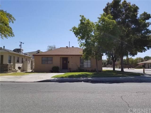 828 W Milling Street, Lancaster, CA 93534 (#SR19239490) :: Fred Sed Group