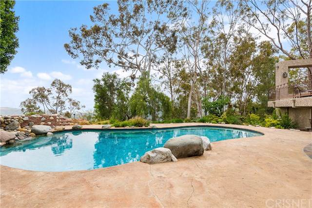 79 Stagecoach Road, Bell Canyon, CA 91307 (#SR19239221) :: Millman Team