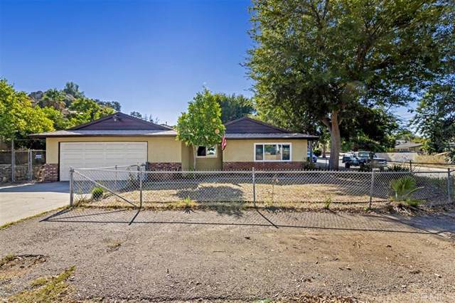 8718 Los Coches Rd, Lakeside, CA 92040 (#190055692) :: OnQu Realty