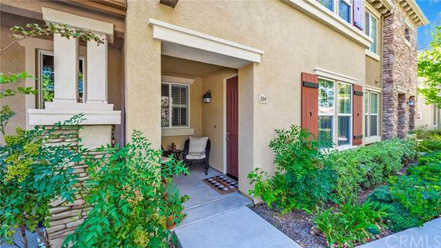 30505 Canyon Hills Road #204, Lake Elsinore, CA 92532 (#CV19239750) :: Mainstreet Realtors®