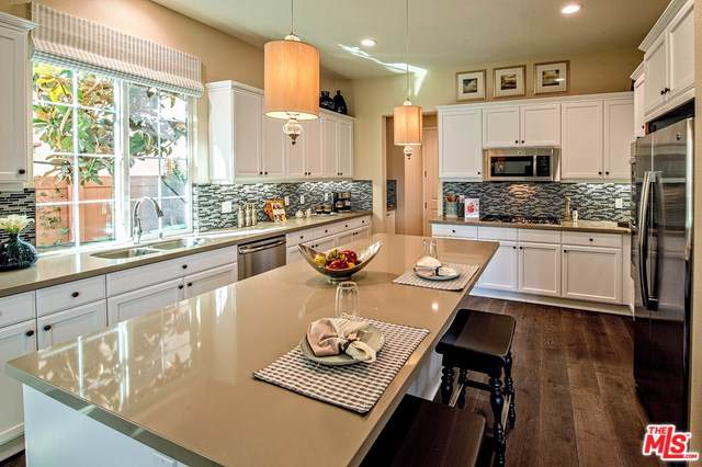 2338 Nicklaus St. #35, Oxnard, CA 93036 (#19519384) :: Sperry Residential Group