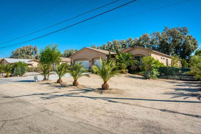 19486 Prickly Pear Trail, Desert Hot Springs, CA 92241 (#219031556PS) :: Sperry Residential Group