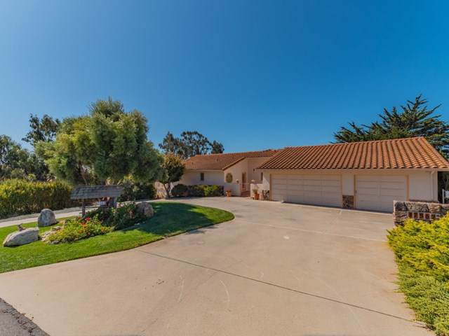 17562 Hillcrest Drive, Salinas, CA 93908 (#ML81771976) :: RE/MAX Parkside Real Estate
