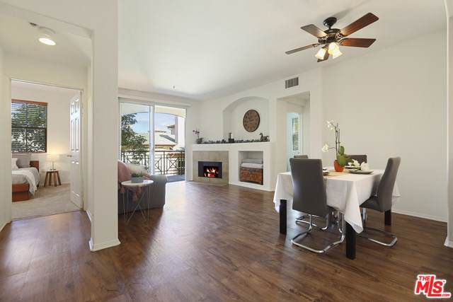 13075 Pacific Promenade #300, Playa Vista, CA 90094 (#19518994) :: Team Tami