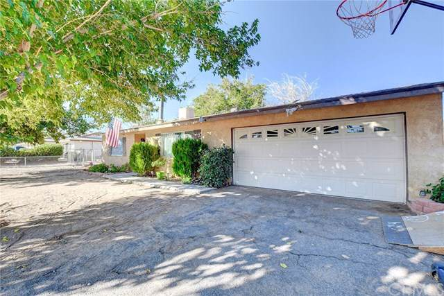 11442 Maple Avenue, Hesperia, CA 92345 (#NP19240611) :: Z Team OC Real Estate
