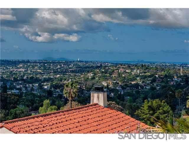 9480 La Cuesta Drive, La Mesa, CA 91941 (#190055959) :: J1 Realty Group