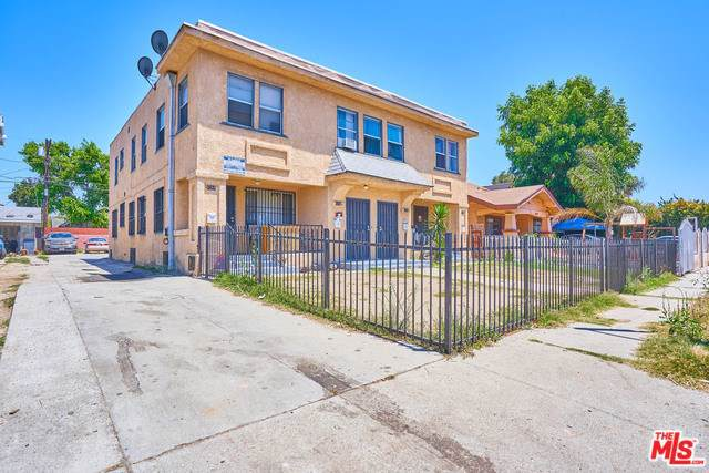 4268 Dalton Avenue, Los Angeles (City), CA 90062 (#19519824) :: Z Team OC Real Estate