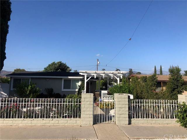 1537 1st Street, La Verne, CA 91750 (#CV19241392) :: Cal American Realty