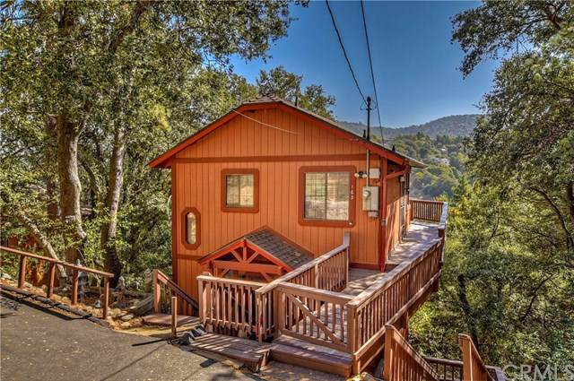 163 Zermat Drive, Crestline, CA 92325 (#IV19241690) :: Powerhouse Real Estate