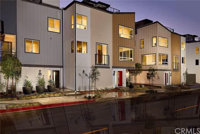 1819 S Mesa Street, San Pedro, CA 90731 (#SW19241765) :: Millman Team