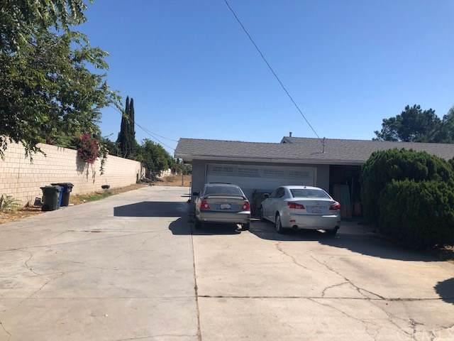 8303 Calabash Avenue, Fontana, CA 92335 (#CV19241200) :: Z Team OC Real Estate