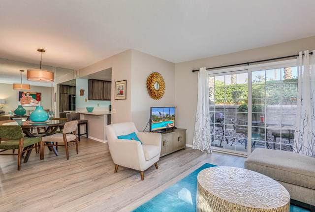 505 Farrell Drive D17, Palm Springs, CA 92264 (#219031727PS) :: J1 Realty Group