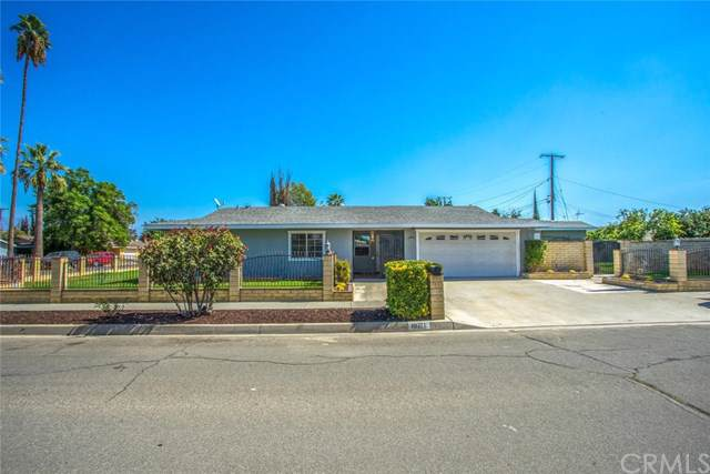 10711 Lilac Avenue, Loma Linda, CA 92354 (#IV19240729) :: Allison James Estates and Homes