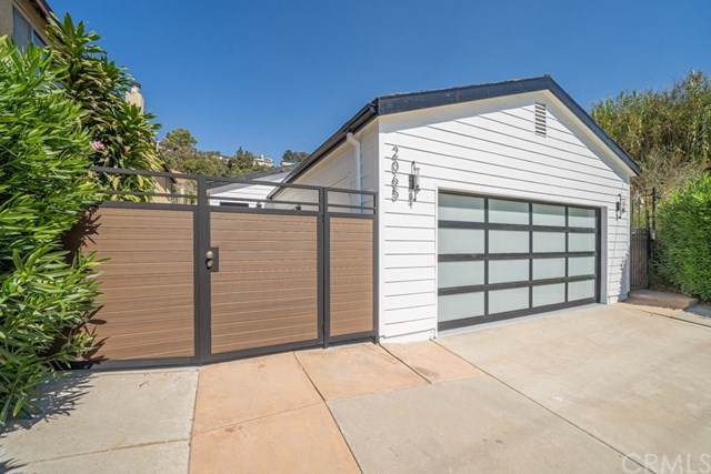 2065 Rome Drive, Los Angeles (City), CA 90065 (#AR19236928) :: The Marelly Group | Compass