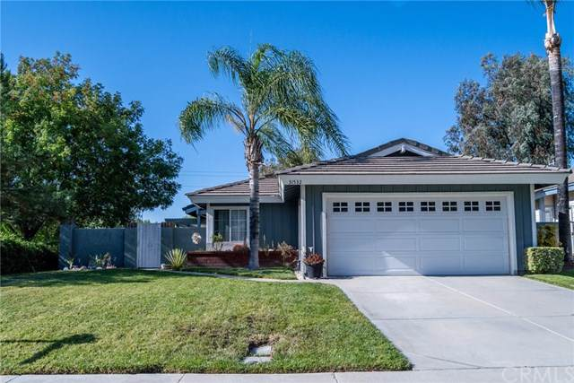 31532 Paseo De Las Olas, Temecula, CA 92592 (#SW19242087) :: The Costantino Group | Cal American Homes and Realty