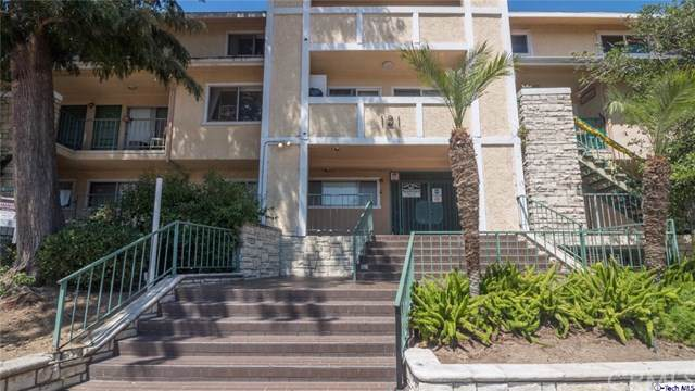 121 Sinclair Avenue #207, Glendale, CA 91206 (#319004091) :: The Brad Korb Real Estate Group